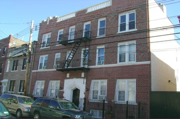 12 Unit Walk Up Apartment Building For Sale In Long Island City For Sale Astoria Multi Family